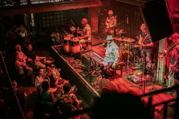 Photo for: London's top live music hotspots with drinks