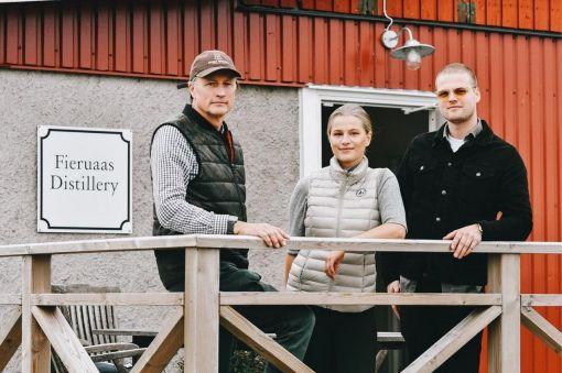 Photo for: Fjäre's Rare Clover Club