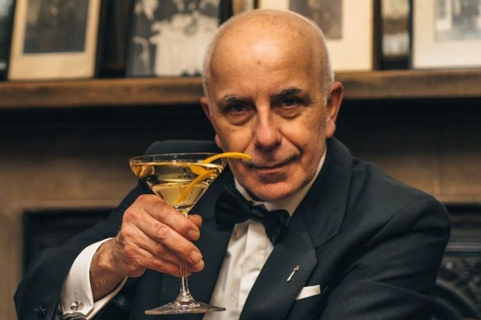 Photo for: 46 years behind the bar with Alessandro Palazzi