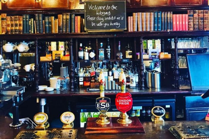 Photo for: The 7 historical pubs you must visit in London